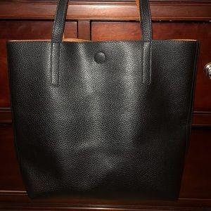 Vegan black tote bag